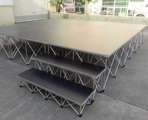 12ft×12ft smart stage